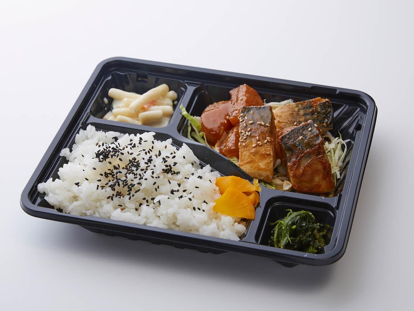 鯖味噌煮弁当